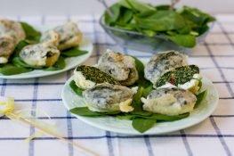 Jajka nadziewane szpinakiem w tempurze